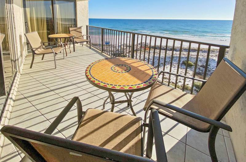 gulf front patio in destin florida patio furniture with sunshine