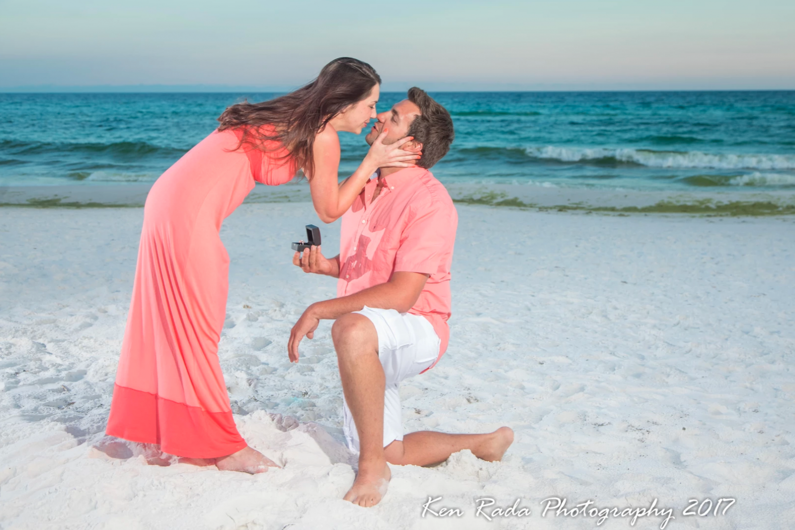 Ken Rada Photography captures an engagement on the beach